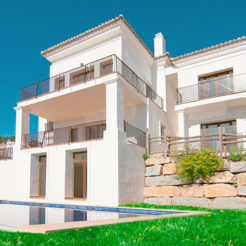 mp cat realestate lst benahavis hills villa